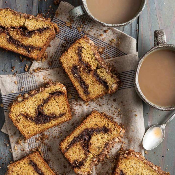 Chocoalte Chia Streusel Bread Swirled